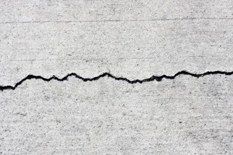 concrete-cracks-14731214